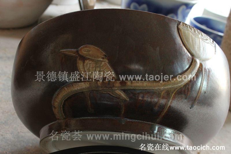 RYBH83景德镇陶瓷 黄底 雕刻 荷花 洗脸盆家居用品工艺摆设