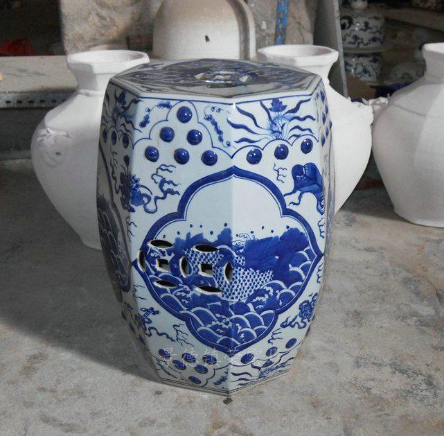 SJSI03景德镇高档陶瓷手工手绘青花 纹鱼八角凳瓷凳瓷墩凉墩凳子