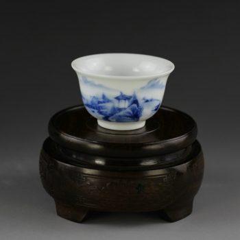 14U66-B 手绘青花山水风景画功夫茶杯 品茗杯