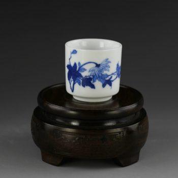 14AM97-c手绘青花花卉图茶杯品茗杯