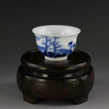 14U66-C手绘青花山水风景画功夫茶杯 品茗杯