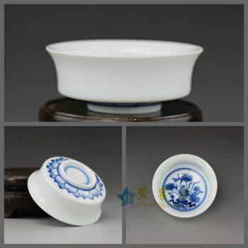14UR16手绘青花青莲图功夫茶杯 品茗杯