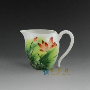 14OK41-A手绘粉彩荷花莲蓬图公道杯