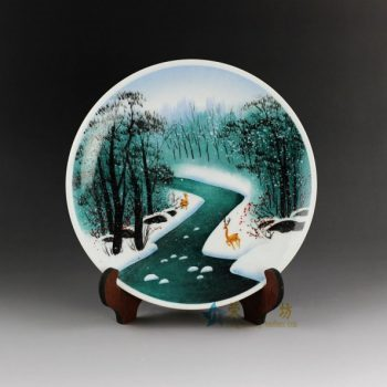RYJo02手绘粉彩雪中奔鹿图赏碟 挂盘