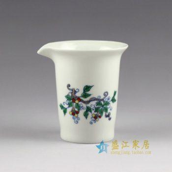 RYYM04手绘青花斗彩花卉图公道杯