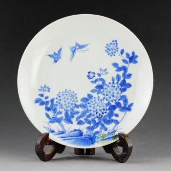 14AS44 手绘青花蝴蝶花卉图赏碟 挂盘 瓷盘