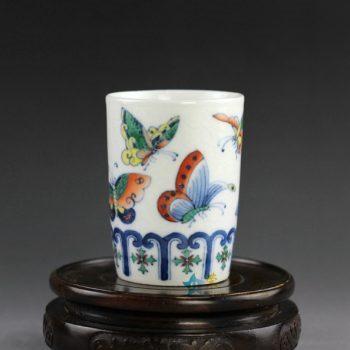 14AS83手绘青花斗彩蝴蝶花卉图茶杯 品茗杯
