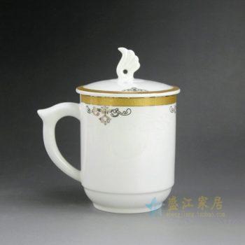 CBAG03-D 新骨瓷金边花卉纹带盖茶杯 品茗杯 办公杯 老板杯 尺寸:口径 8.3厘米 盖径 9.5厘米 高14.2厘米 容量 400毫升