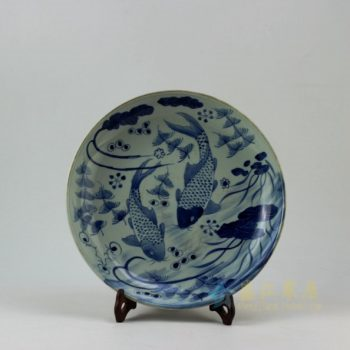 RZEY11-A 9328仿古青花鱼草图瓷盘 挂盘 赏碟 尺寸:口径 28.5厘米 深度5.2厘米