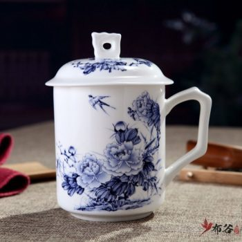 CBDI42-C-07手工高档骨瓷带孔盖杯 青花富贵花开图茶杯 品茗杯 老板杯尺寸 高15cm口径9cm容量550m