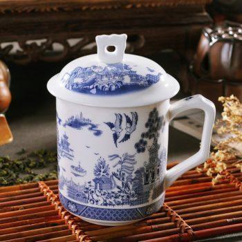 RYDI42 青花斗彩春意盎然画茶杯 品茗杯 手柄带盖老板杯尺寸 高15cm口径9cm容量550ml