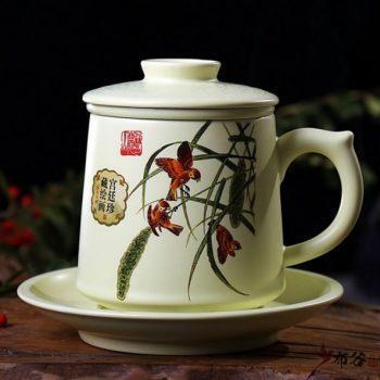 CBAD04-a-21手工亚光四件套茶杯 釉下彩鸟趣图新品茶杯 品茗杯 老板杯 尺寸:高11.5cm 碟高 2cm 口径 8.5cm 碟径 15cm 容量 450ml