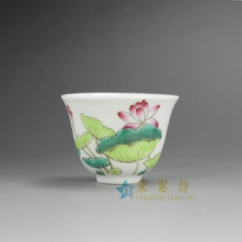 RYNY08-F 9765景德镇陶瓷杯 手绘粉彩荷花图茶杯 品茗杯 功夫茶具 产品规格尺寸: 口径 6.3 厘米 肚径 6.3 毫米 高 5.8 厘米 容量 65 毫升
