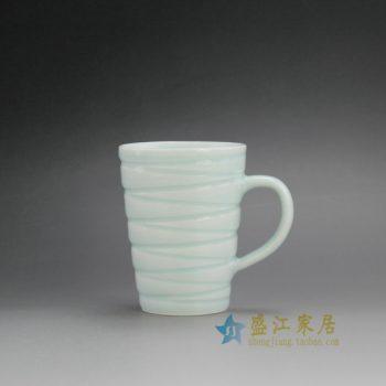RZFE01-B 手工颜色釉刻纹茶杯 品茗杯 马克杯 功夫茶具 尺寸: 口径 8.2厘米 高 10.6厘米 容量 285毫升