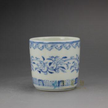 RYZ168 手绘青花缠枝花卉图纹 直筒杯 茶杯 品茗杯 功夫茶具 尺寸: 口径 6.3厘米 高 6.1厘米 容量 115毫升