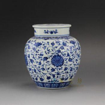 RYZ162-B 手绘青花缠枝莲图纹茶叶罐 盖罐 储物罐 尺寸: 口径 7.6厘米 肚径 15厘米 高 16.5厘米