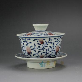 RYZ163手绘青花缠枝花卉图纹盖碗 三才碗 尺寸: 口径 9.3厘米 碟径 10.2厘米 高 8.3厘米 容量 150毫升