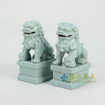 RYXP21-E-OLD 蓝色雕塑狮子