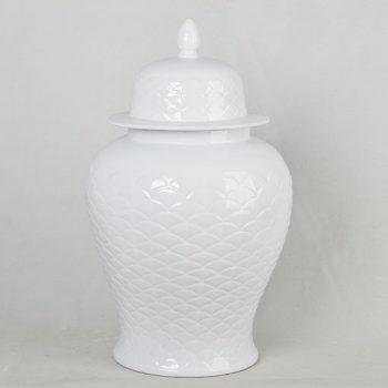 XY16-DSC_0015   景德镇 雕刻全白 大号 将军罐 花瓶 艺术摆件品