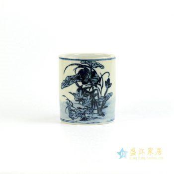 RZIQ01-B   景德镇  手绘 青花荷花 仿古 笔筒  厂家直销