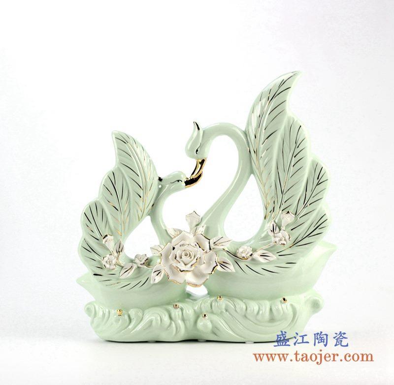 天鹅飞舞珐琅瓷摆件品 艺术品