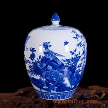 RZLH02    仿古青花手绘花鸟竹盖罐陶瓷瓶