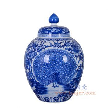 RZNQ08-景德镇陶瓷 仿古手绘青花富贵孔雀牡丹大罐 家居装饰品