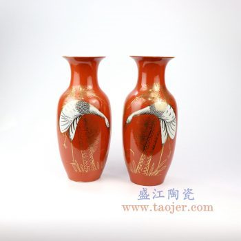 RZIH13_景德镇陶瓷 晚清民国仿古粉彩描金红釉瓷花瓶对瓶