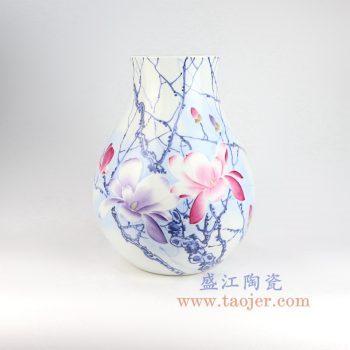 RZNP05_景德镇陶瓷 手绘青花斗彩雕刻花朵福筒瓶