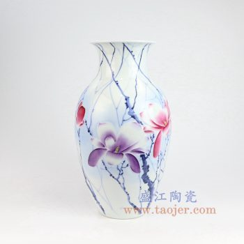 RZNP10_景德镇陶瓷 手绘青花斗彩雕刻花朵花插花瓶家居摆件
