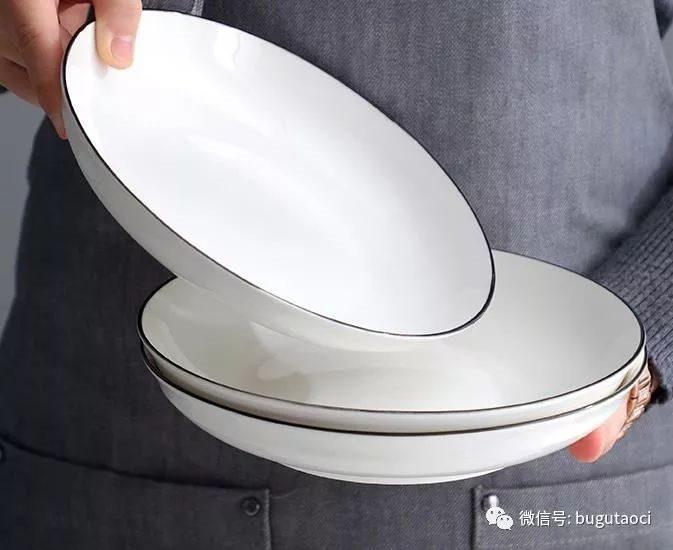给平淡的生活增加一点品位~简欧黑线白碗