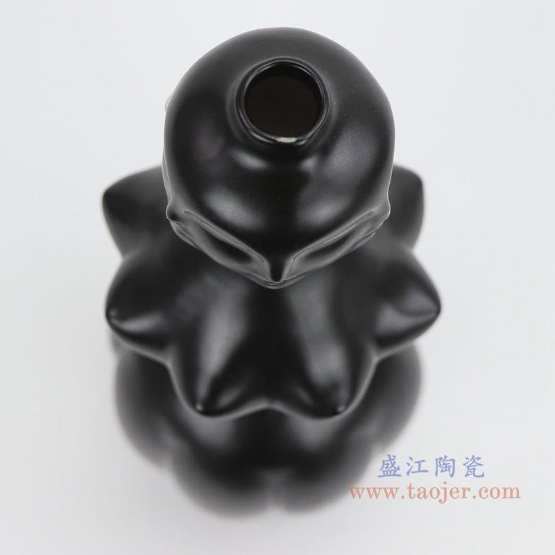 上图:RZLK25-H-black北欧缪斯哑光黑色陶瓷人脸花瓶 妖娆的伊迪口部 购买请点击图片