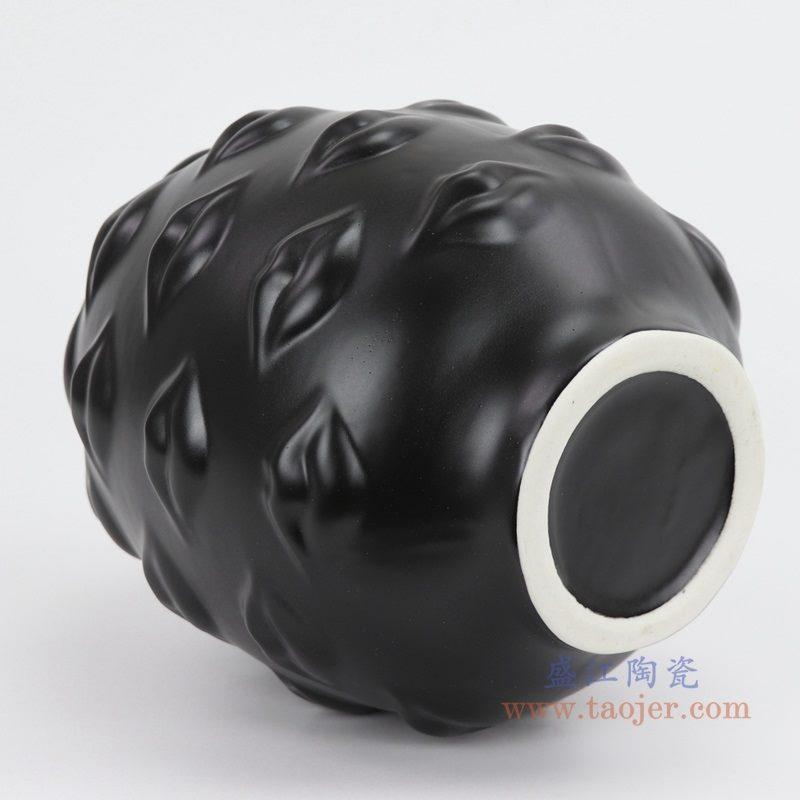 上图:RZLK26-A-black北欧缪斯哑光黑色陶瓷人脸花瓶 性感的嘴唇底部 购买请点击图片