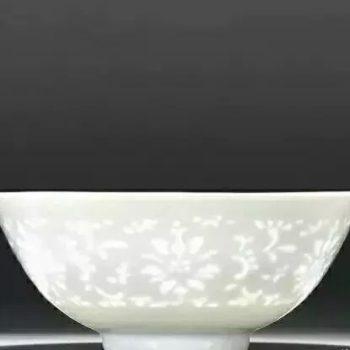 """四大名瓷之一,景德镇盛江陶瓷青花玲珑瓷器——它满身是""""洞""""却滴水不漏"""