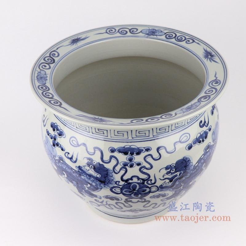 陶瓷器手绘青花鱼莲花缸