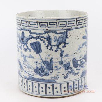 RZFB22  青花手绘陶瓷孩儿嬉戏图筒仿古岁寒摆件