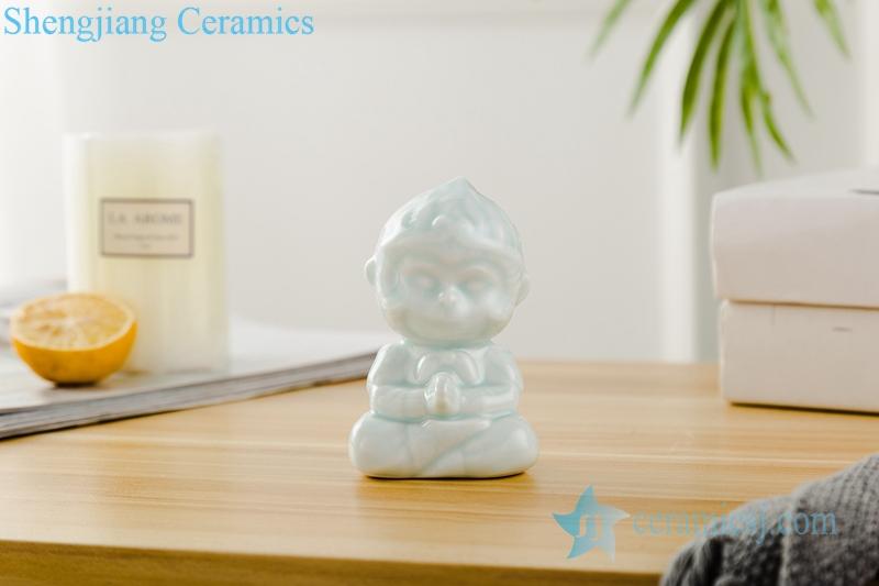 RZSH05   影青釉陶瓷雕塑调皮小猴一对