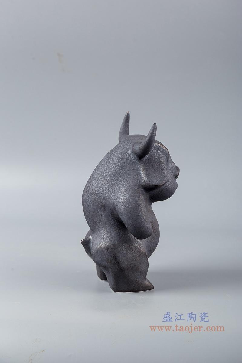 黑色陶瓷装饰雕塑梦游牛