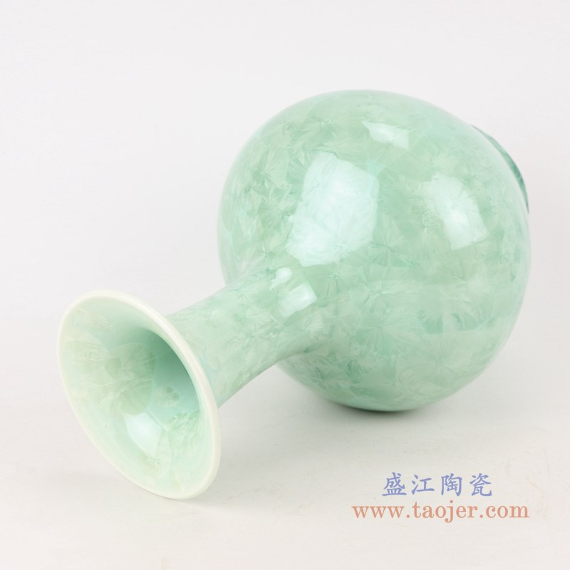 RZCU06 结晶釉绿底绿底绿色赏瓶侧面
