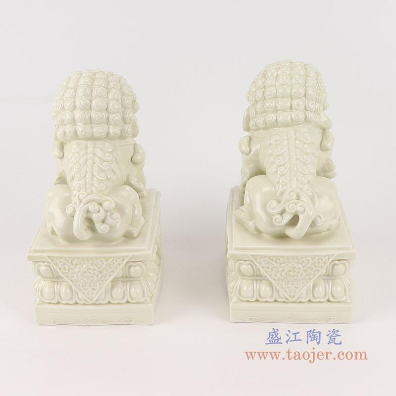 RZSV01纯色雕塑雕刻米白狮子一对小号背面