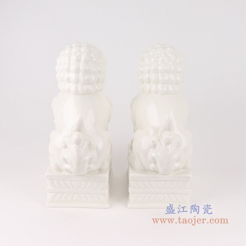 RZSV02纯色雕塑雕刻白狮子一对大号背面